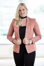 Beau Elisabeth van Diggelen (Secretaresse)