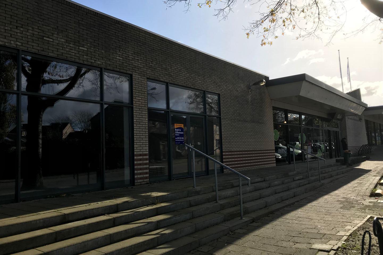 Bekijk foto 3 van Winkelcentrum Giesen Bautsch