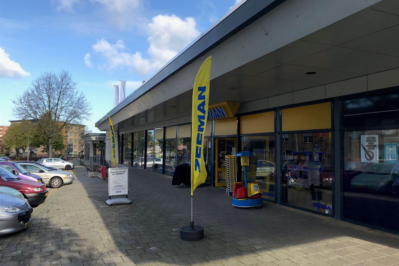 Bekijk foto 5 van Winkelcentrum Giesen Bautsch