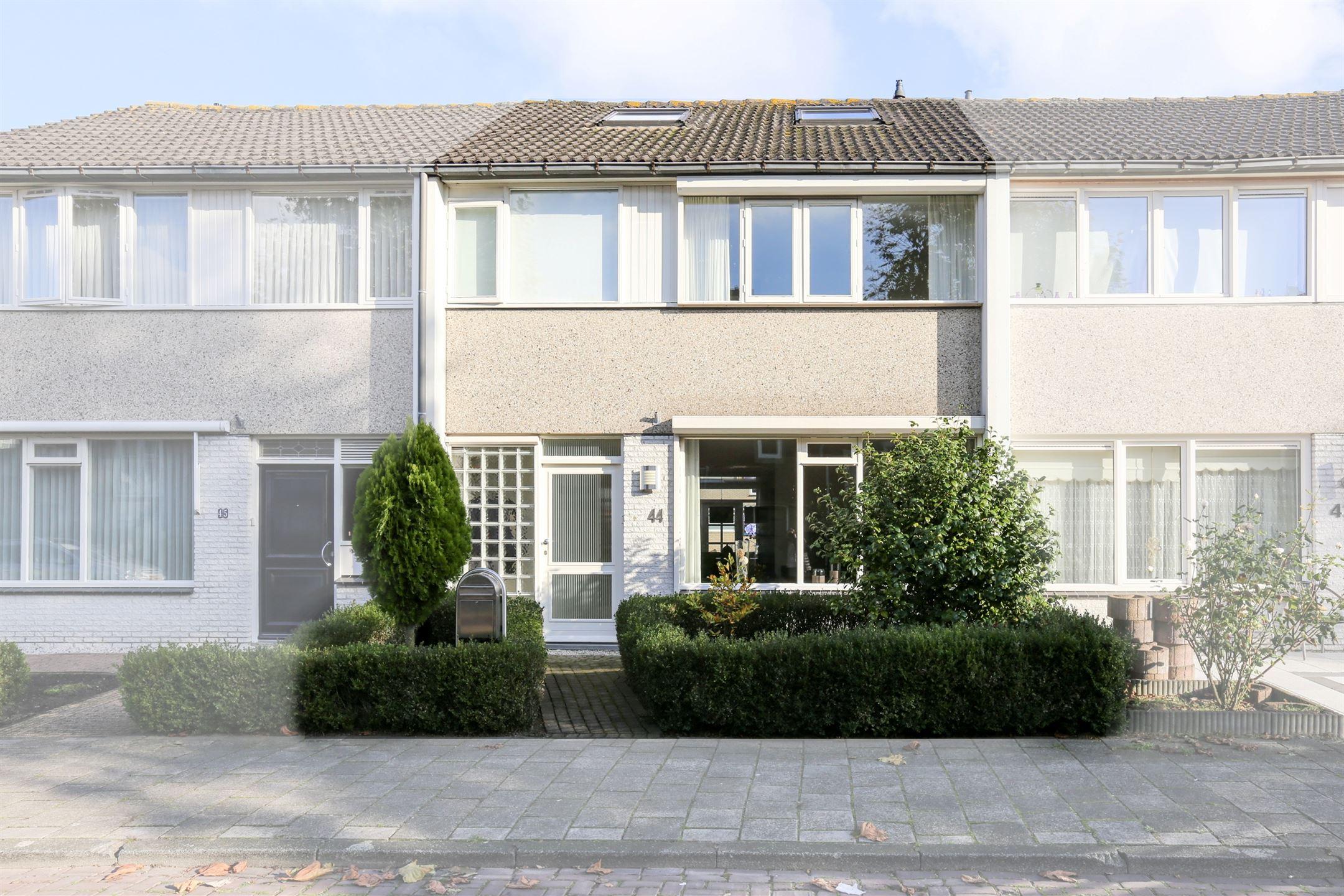 Slaapkamer Meubels Waalwijk : Verkocht: europaplein 44 5142 cj waalwijk [funda]