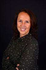Bibi Jooren (Real estate agent assistant)