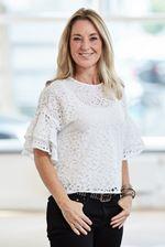 Illana Kalden (Office manager)