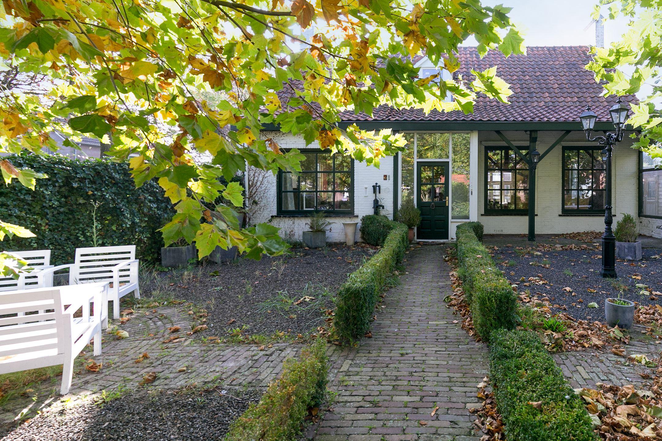 Huis te koop hoekstraat 21 5674 nn nuenen funda for Huis en tuin nuenen