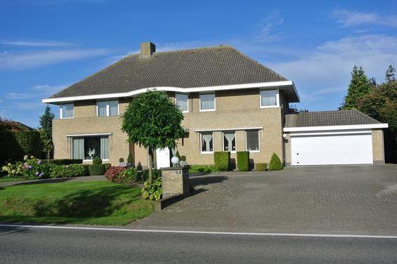 Bekijk foto 2 van Steenweg Weelde 100A - Poppel, België