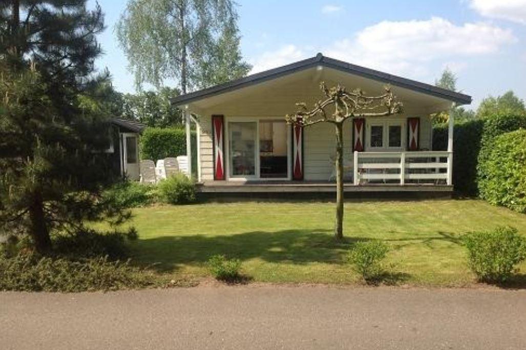 huis te koop: lange zuiderweg 142 952 3781 pl voorthuizen [funda]