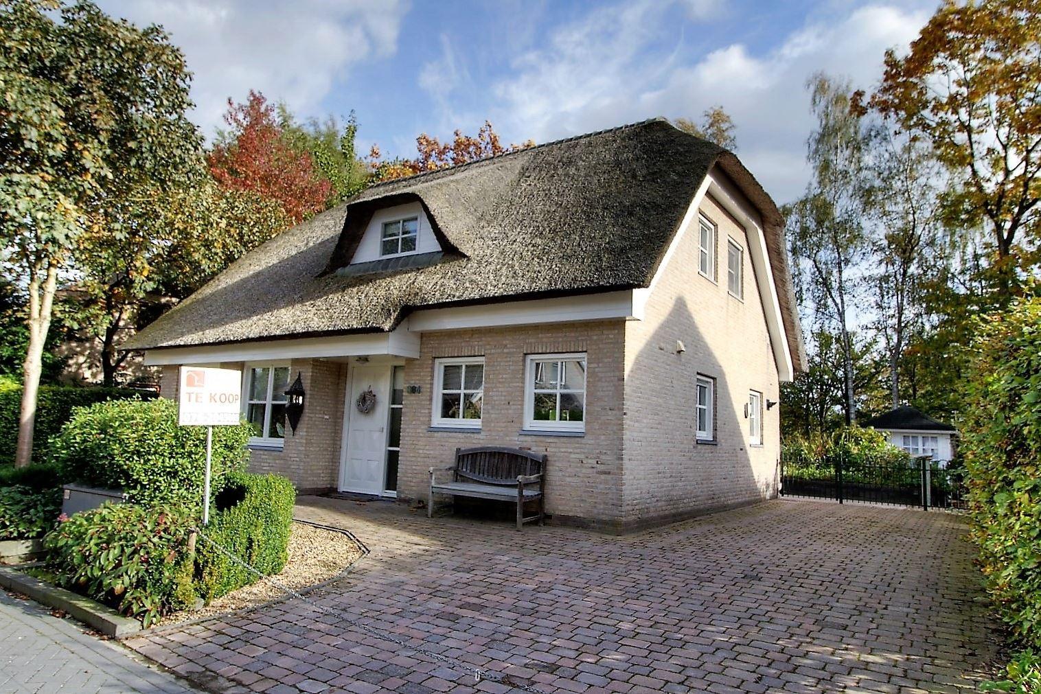 Huis te koop: Kleine Heistraat 16 384 4884 ME Wernhout [funda]