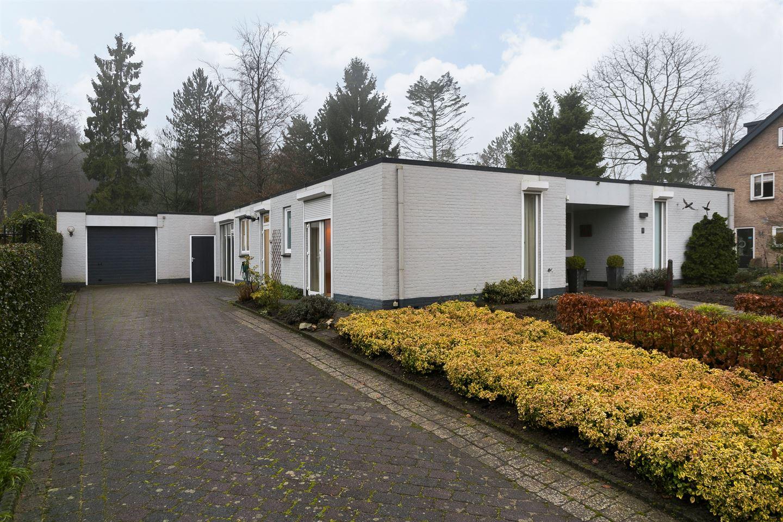 House for sale: Burgemeester van Beugenstraat 4 4904 LT Oosterhout ...