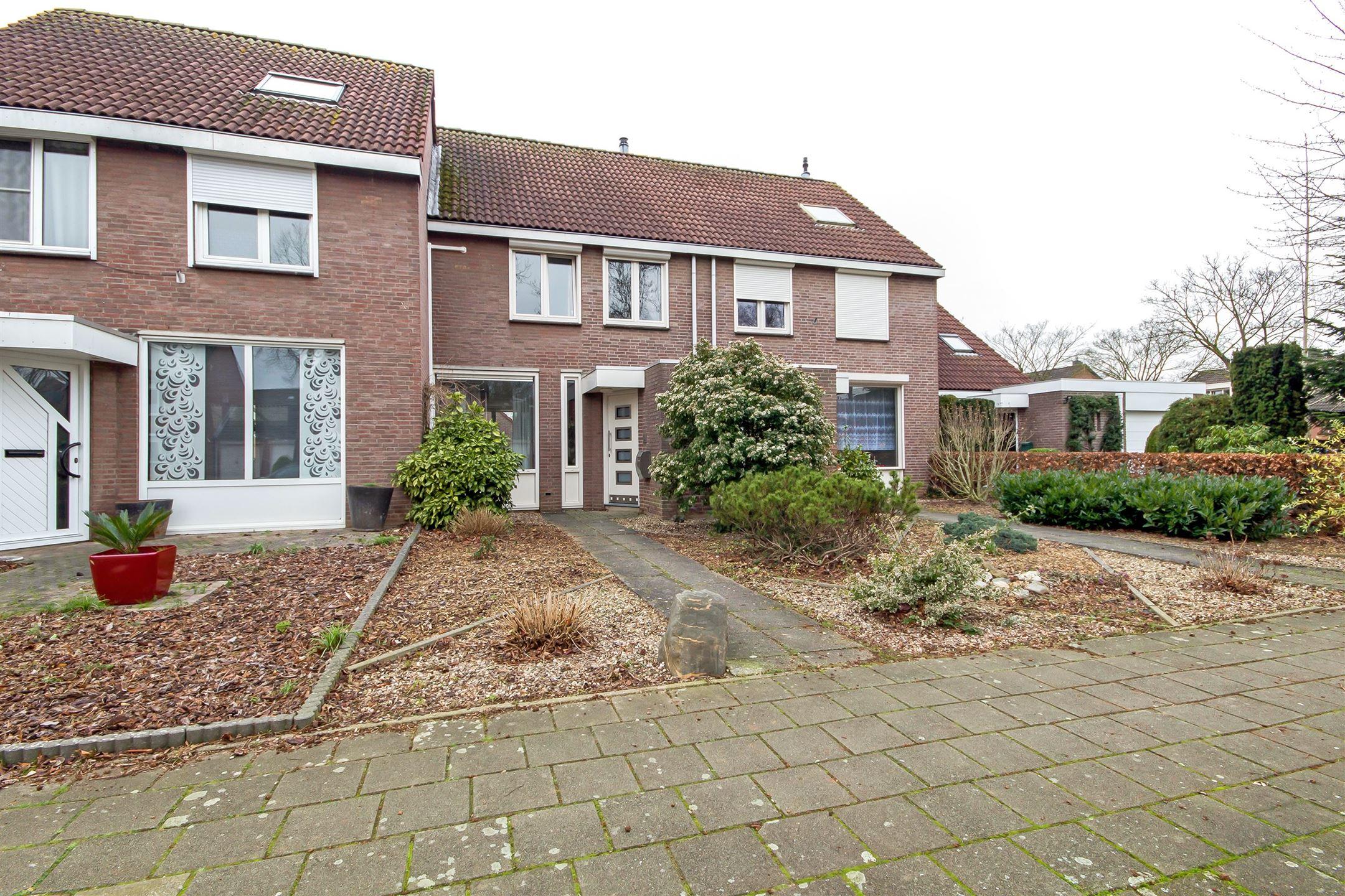 Verkocht faunasingel 56 6043 wr roermond funda for Huis tuin roermond