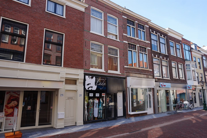View photo 1 of Haarlemmerstraat 233