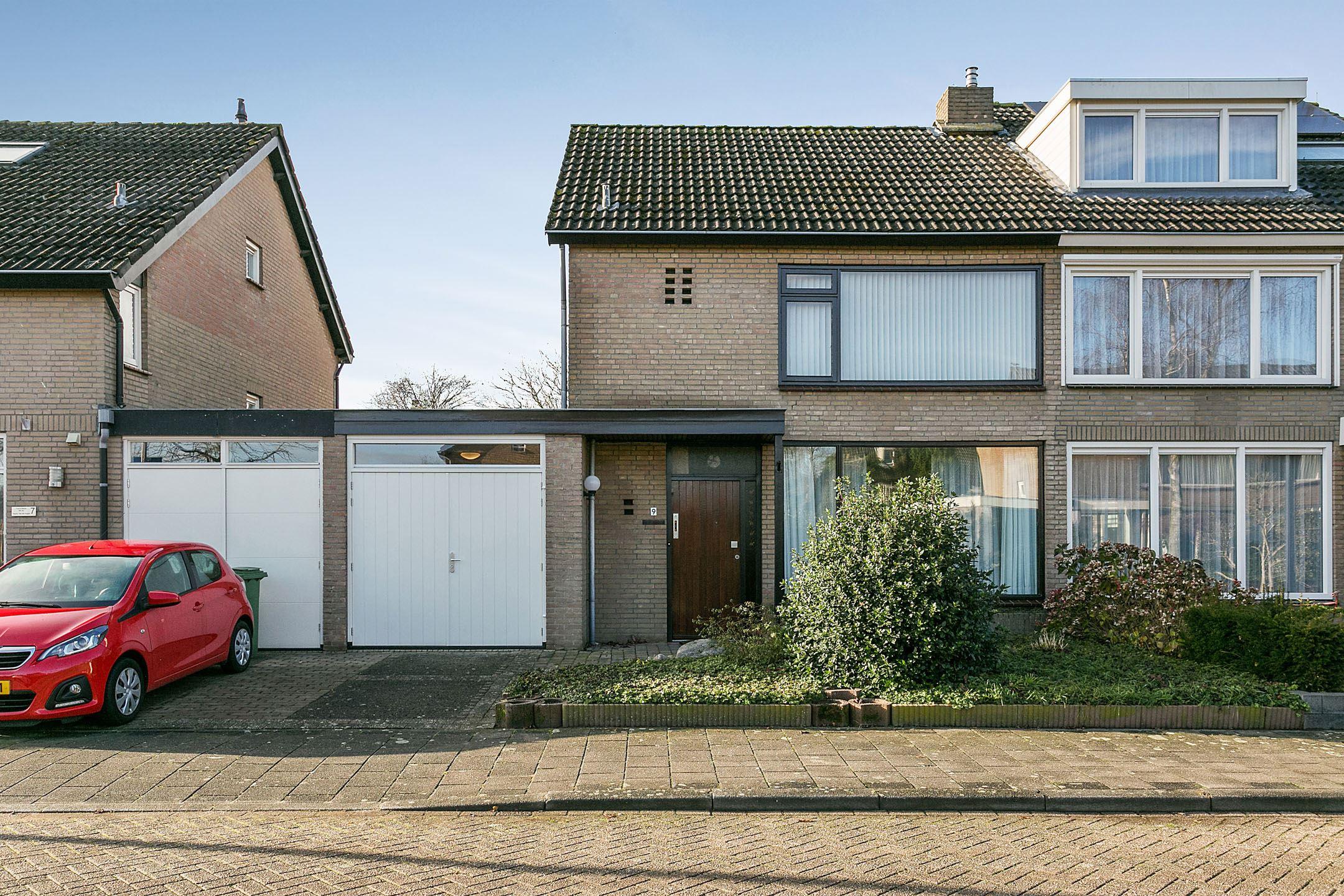 Garage Van Vlijmen : Verkocht bartoklaan he vlijmen funda