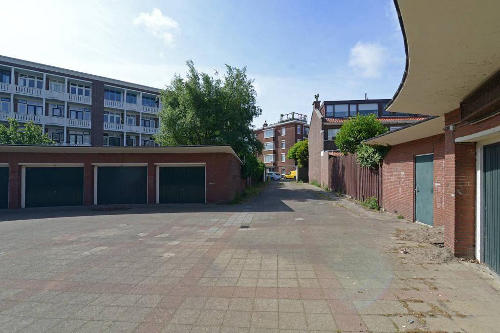 Bekijk foto 3 van Wormerveerstraat