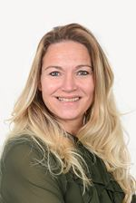 Thea van Pieterson (Medewerker Financiële Administratie) -