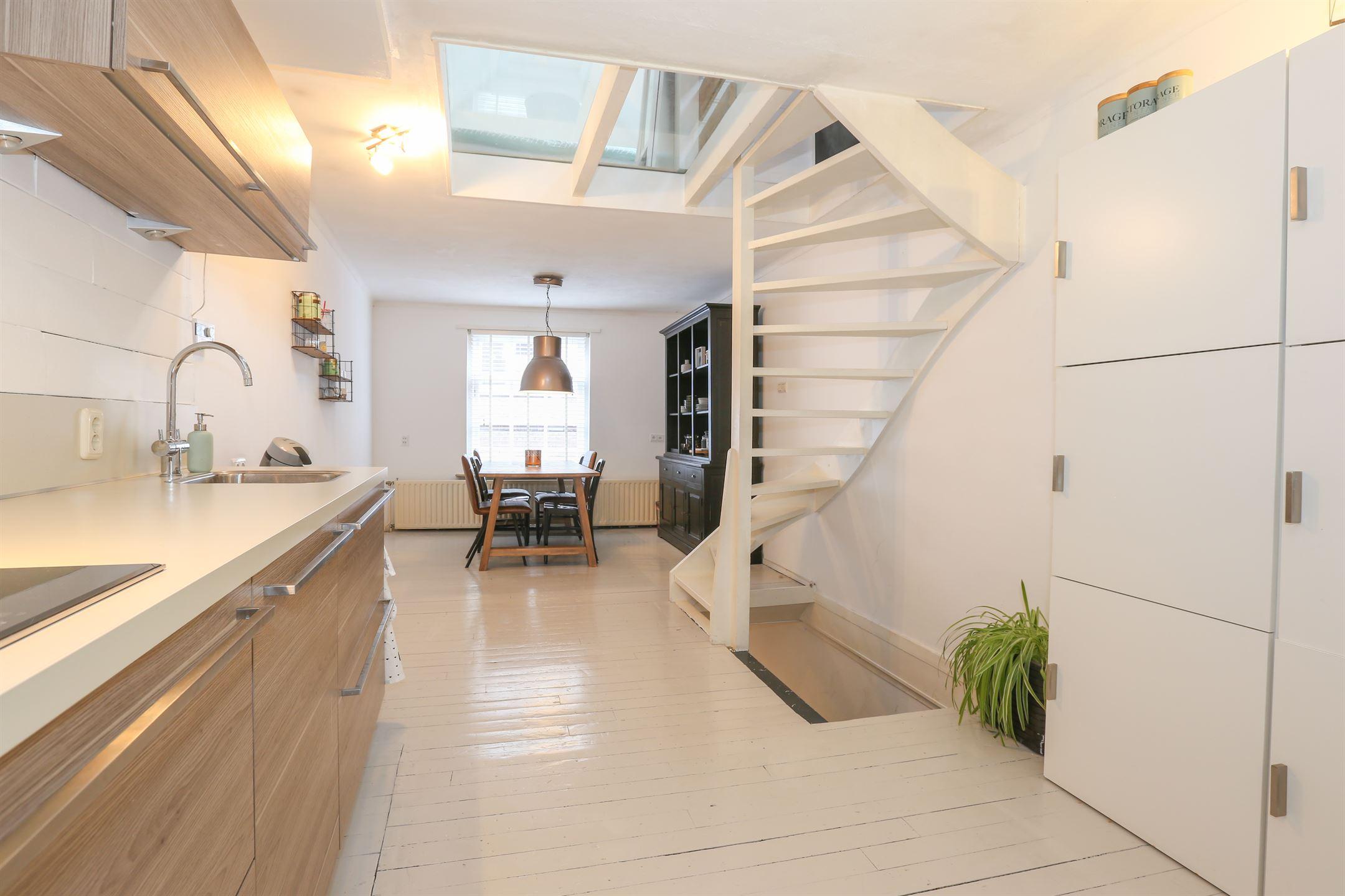Emejing Eetkamer Grave Contemporary - Amazing House Ideas ...