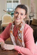 Dana de Langen (Office manager)