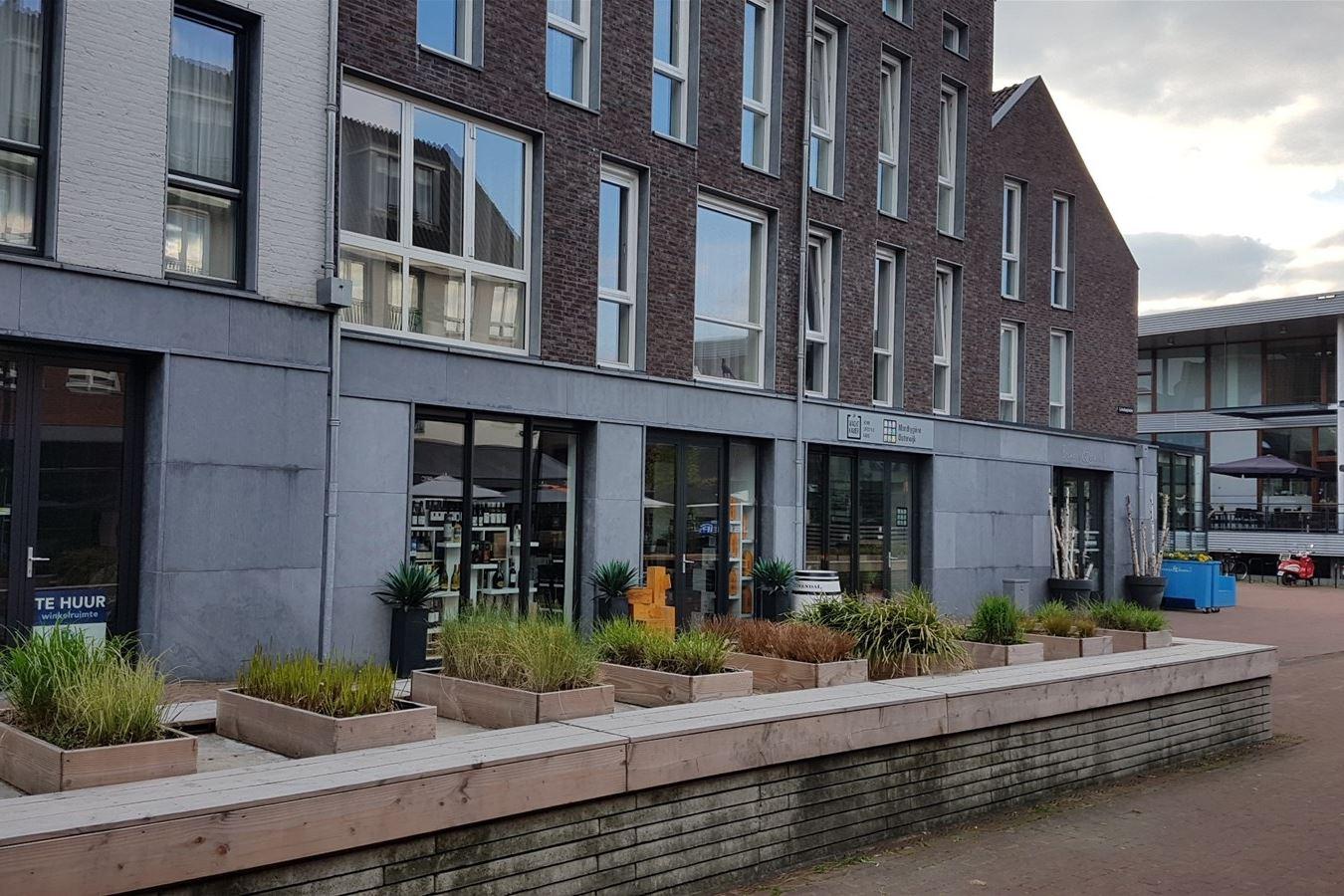 Bekijk foto 3 van Lindeplein 6