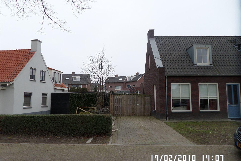 Bekijk foto 3 van Pastoor van Hapertstraat 12