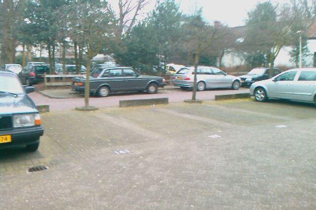 Bekijk foto 4 van Frederikstraat parkeerterrein