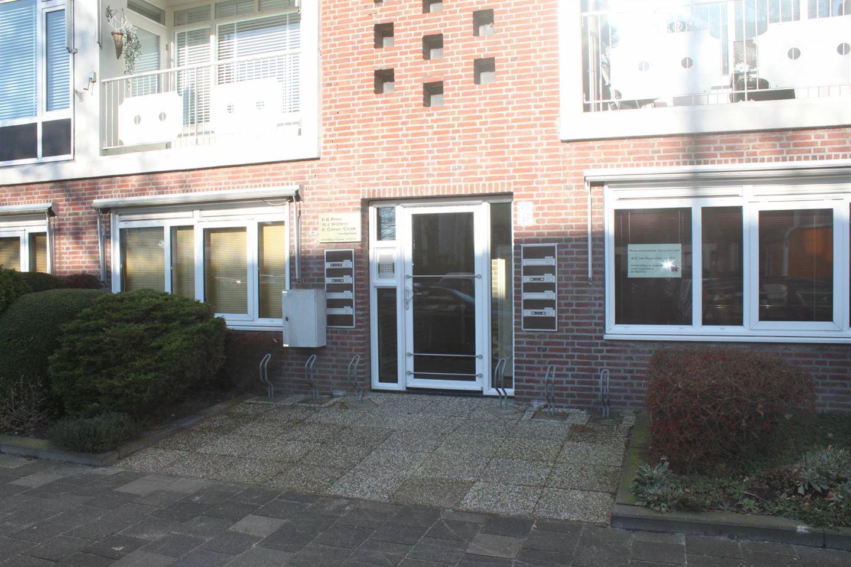 Bekijk foto 1 van Van Leeuwenhoekstraat 33