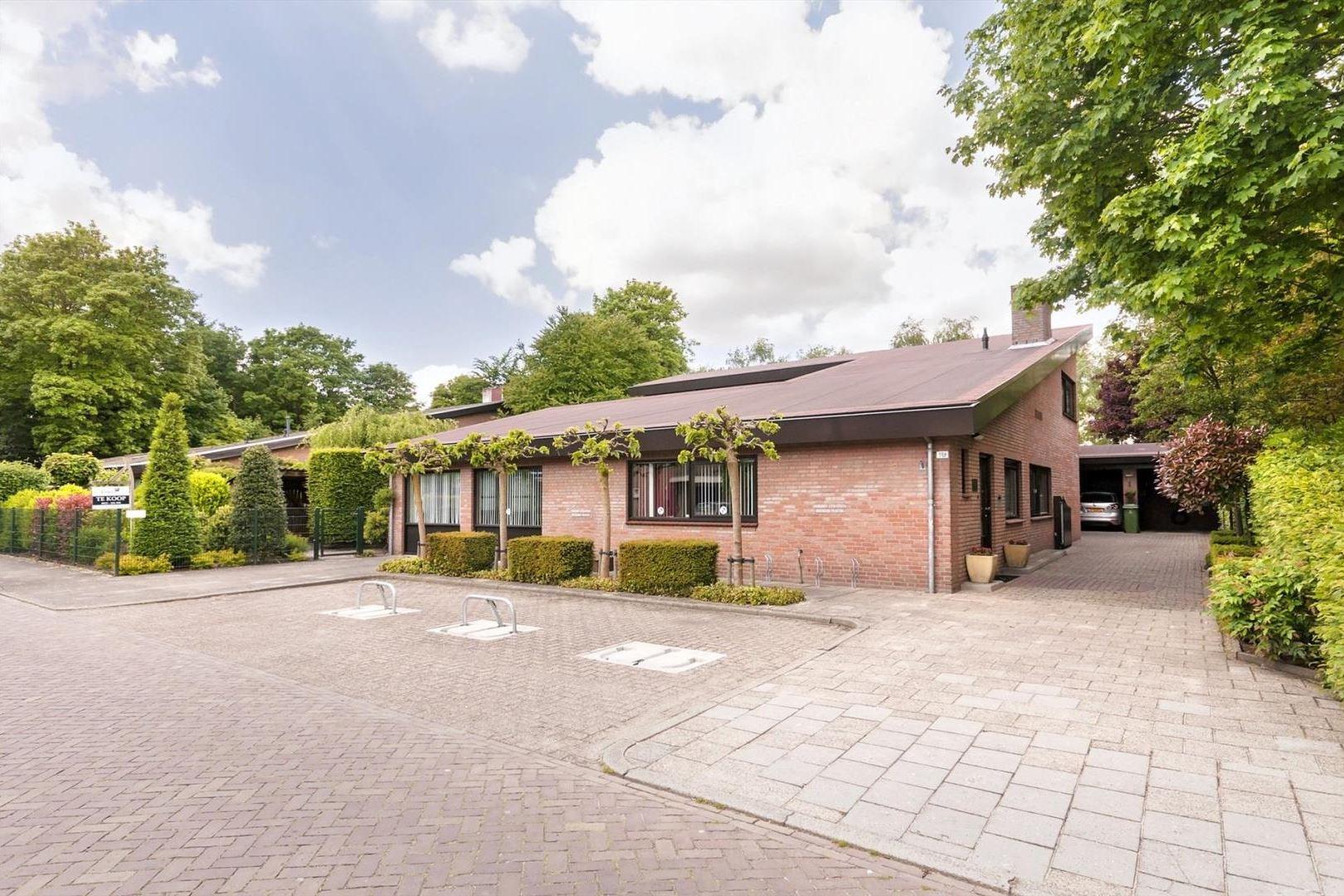 Huis te koop: Keizershof 104 5403 BA Uden [funda]