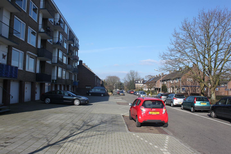 Bekijk foto 2 van Maanstraat 31 A