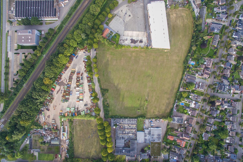 View photo 1 of Hoolstraat 1 *