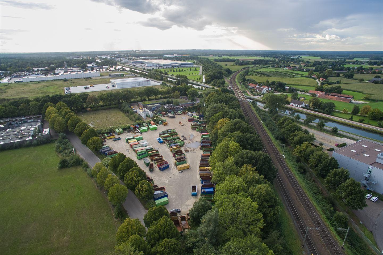 View photo 5 of Hoolstraat 1 *