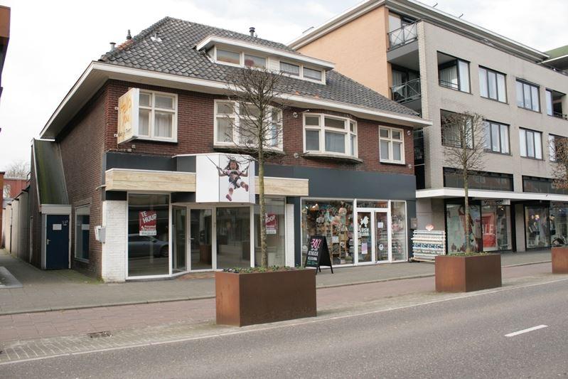 Bekijk foto 3 van Eindhovenseweg 53