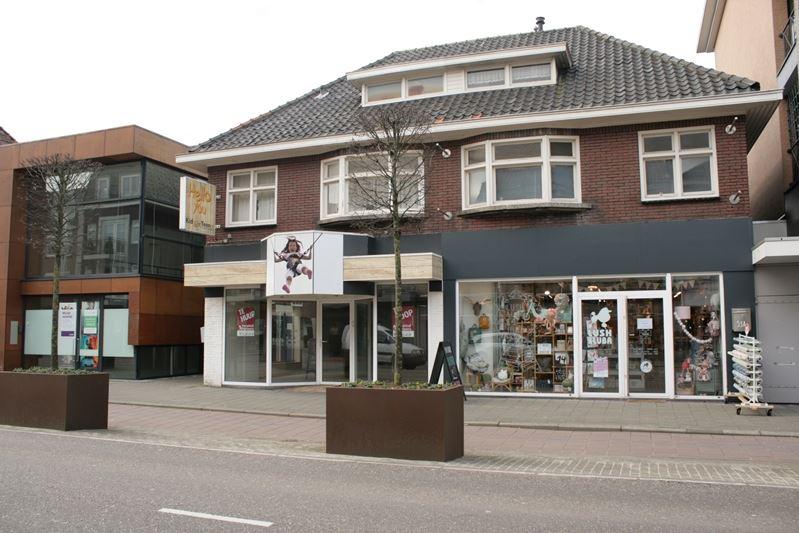 Bekijk foto 2 van Eindhovenseweg 53