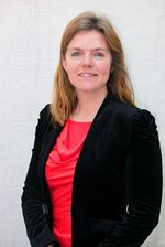 Annemiek Bochove (Real estate agent assistant)