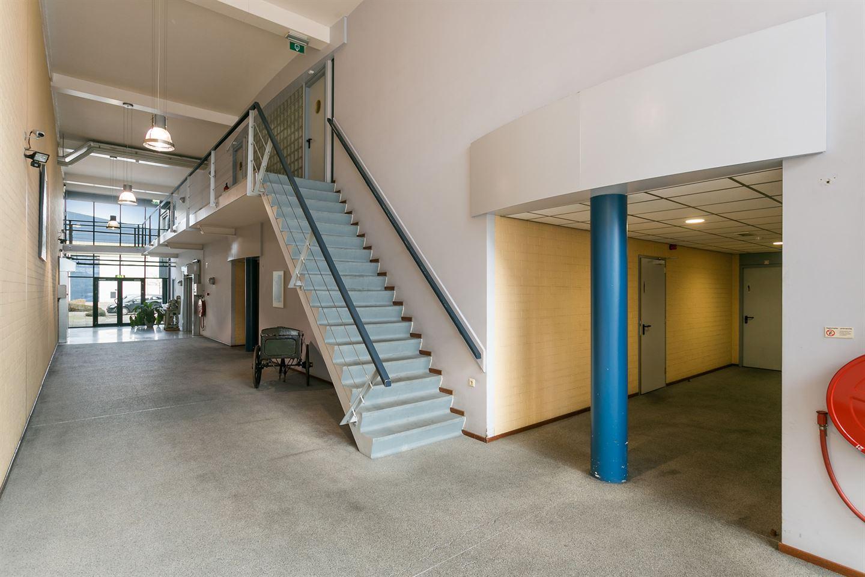 Bekijk foto 3 van Estlandsestraat 1