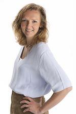 Cathelijn Veltkamp (Real estate agent assistant)