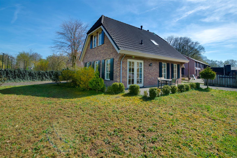 Bekijk foto 7 van Boshuisweg 3 a