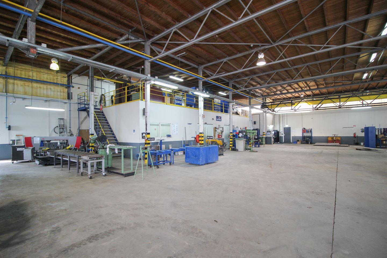 Bekijk foto 2 van Oosterhorn 30 a