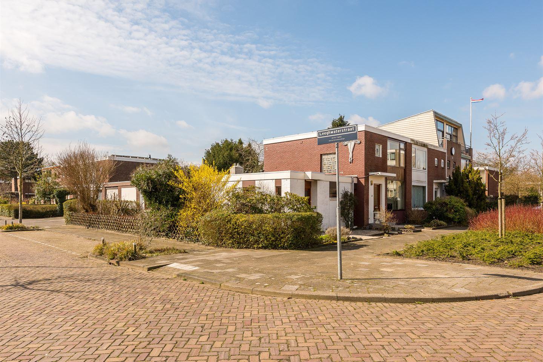 House for sale: hugo de grootstraat 11 3132 sk vlaardingen [funda]