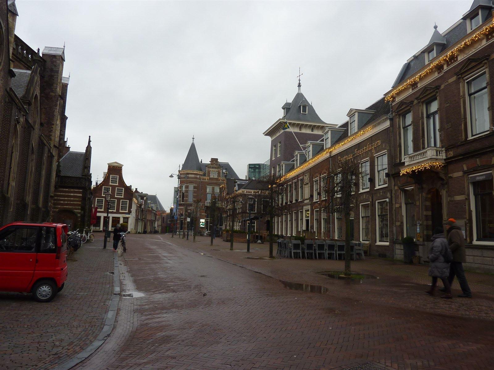 Haarlem zoek verhuurd lange veerstraat 6 2011 db for Funda haarlem centrum