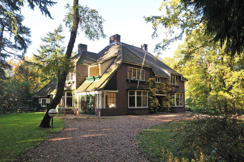 View photo 1 of Bussumergrintweg 65