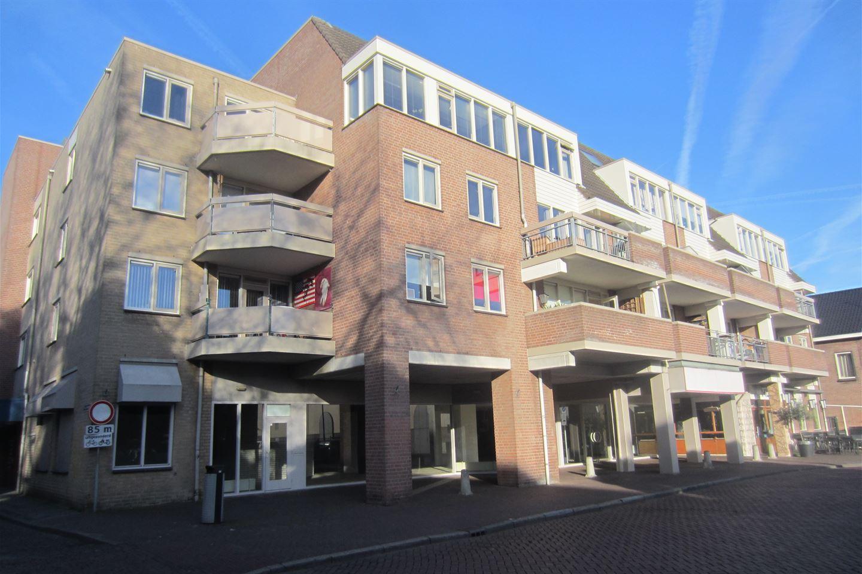 Bekijk foto 1 van Molenstraat 25