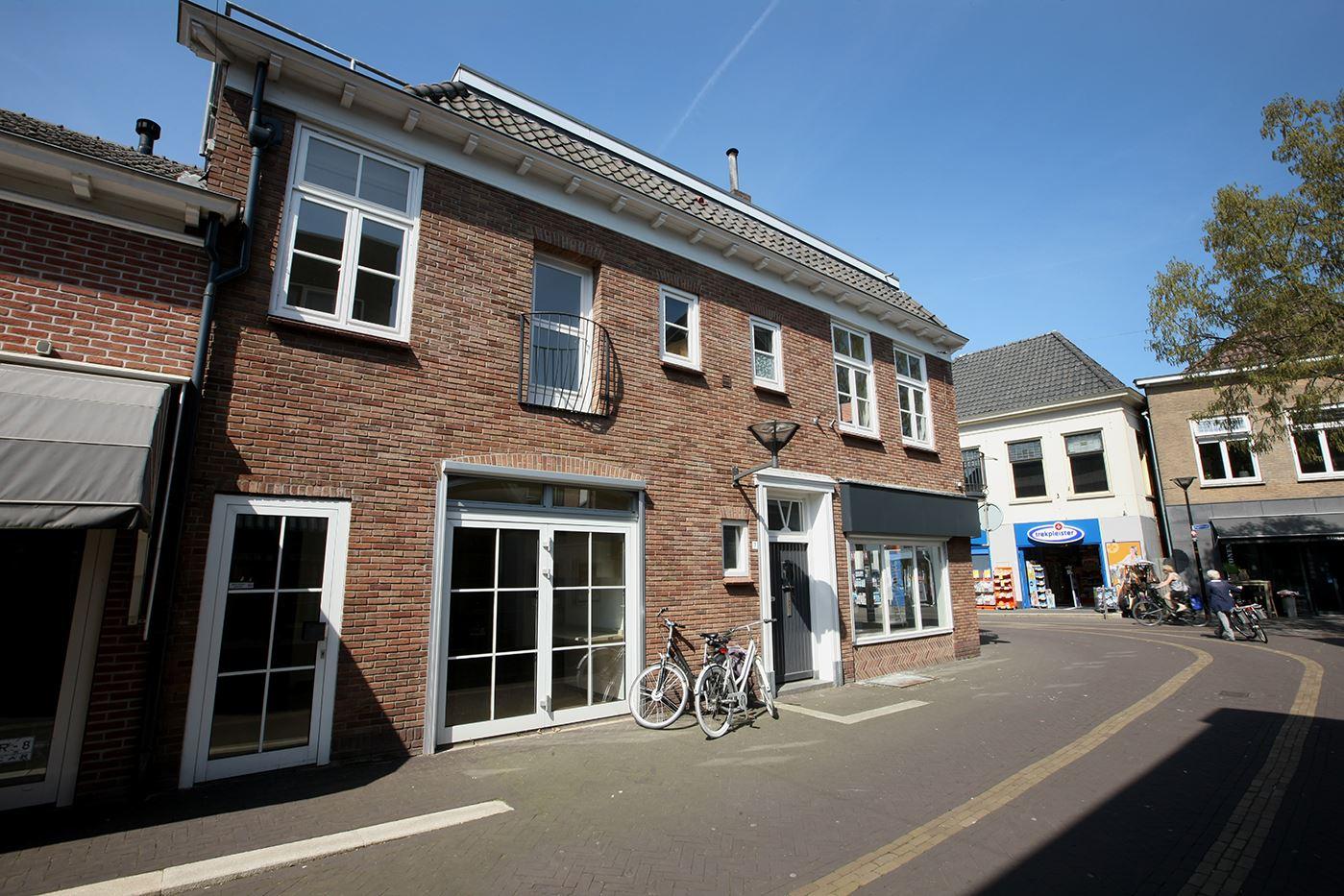 Bekijk foto 3 van Bredevoortsestraatweg 4