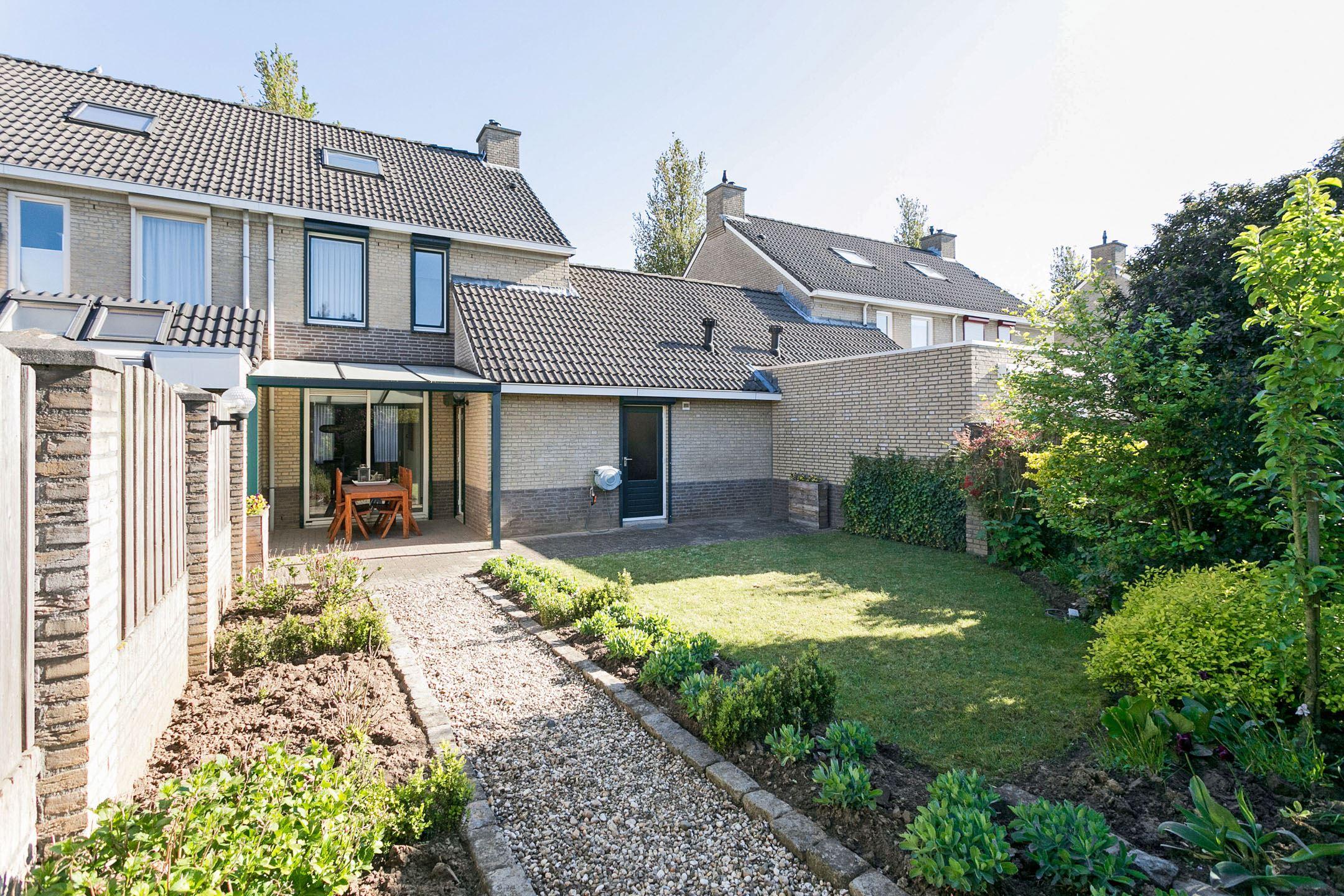 Verkocht brededwarsstraat 36 6042 gh roermond funda for Huis tuin roermond