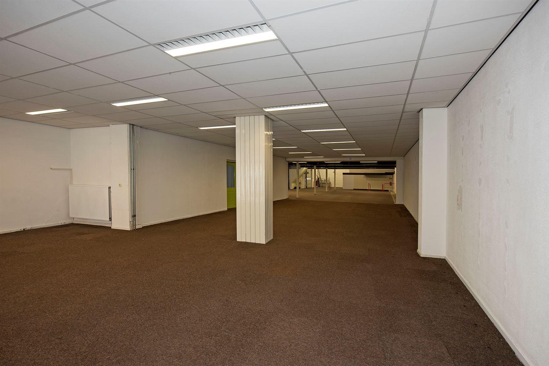 View photo 4 of Grotestraat 84
