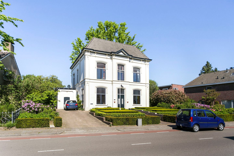 Bekijk foto 1 van Bredevoortsestraatweg 51