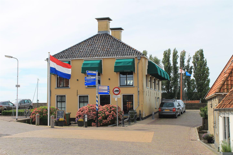 View photo 3 of Séburch 9