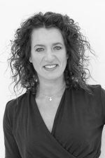 Sylvia van Oostrum (Directeur)