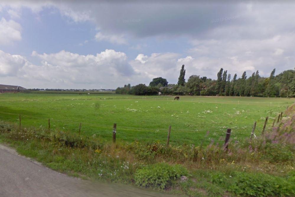 View photo 2 of Gevlochtsebaan