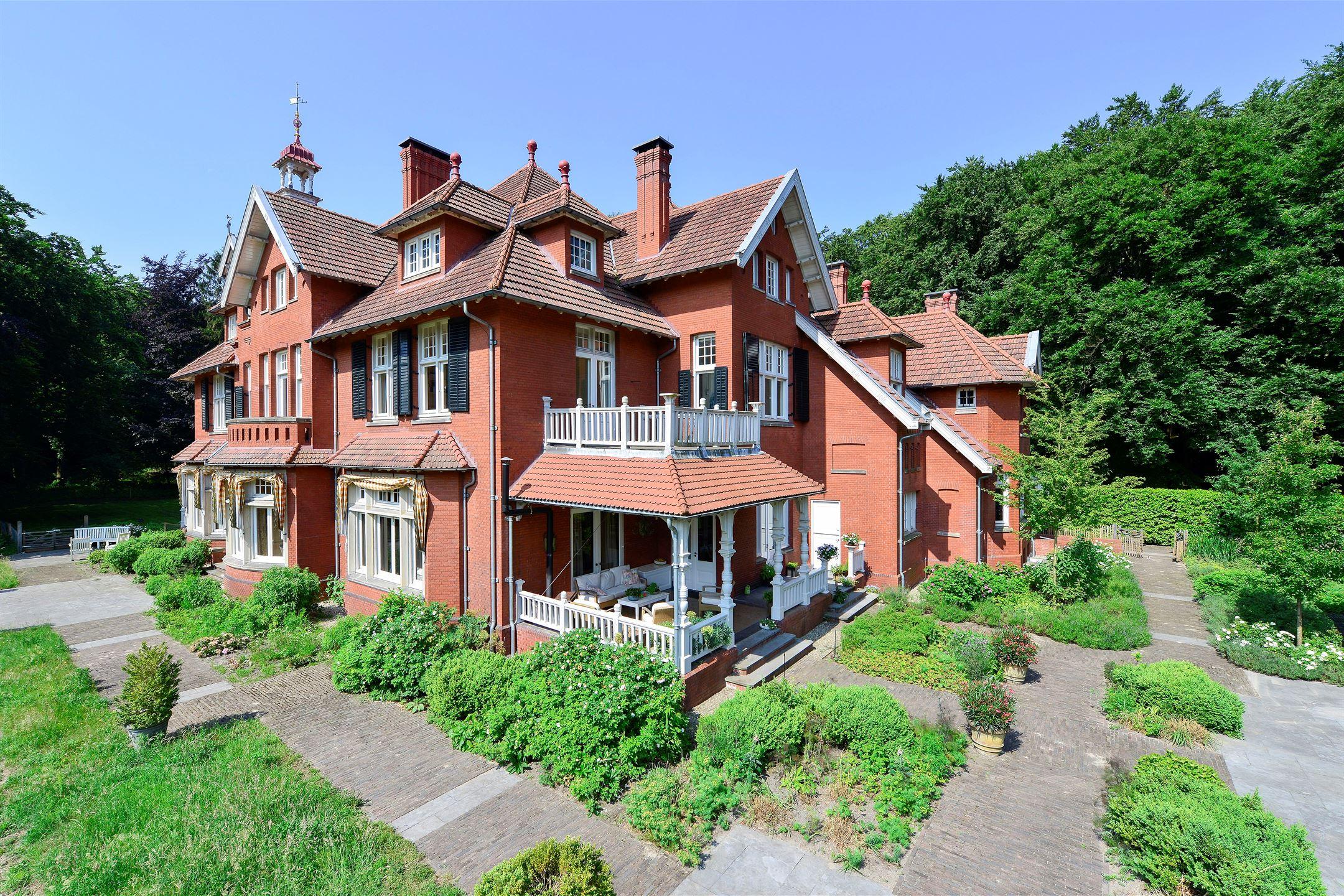 Huis te koop duinlustweg 36 2051 ab overveen funda for Funda landgoed