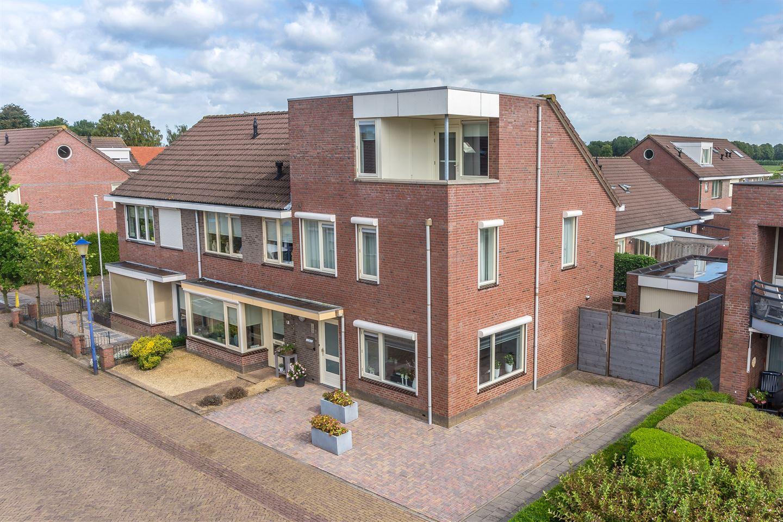 Bekijk foto 2 van Wilgenstraat 70