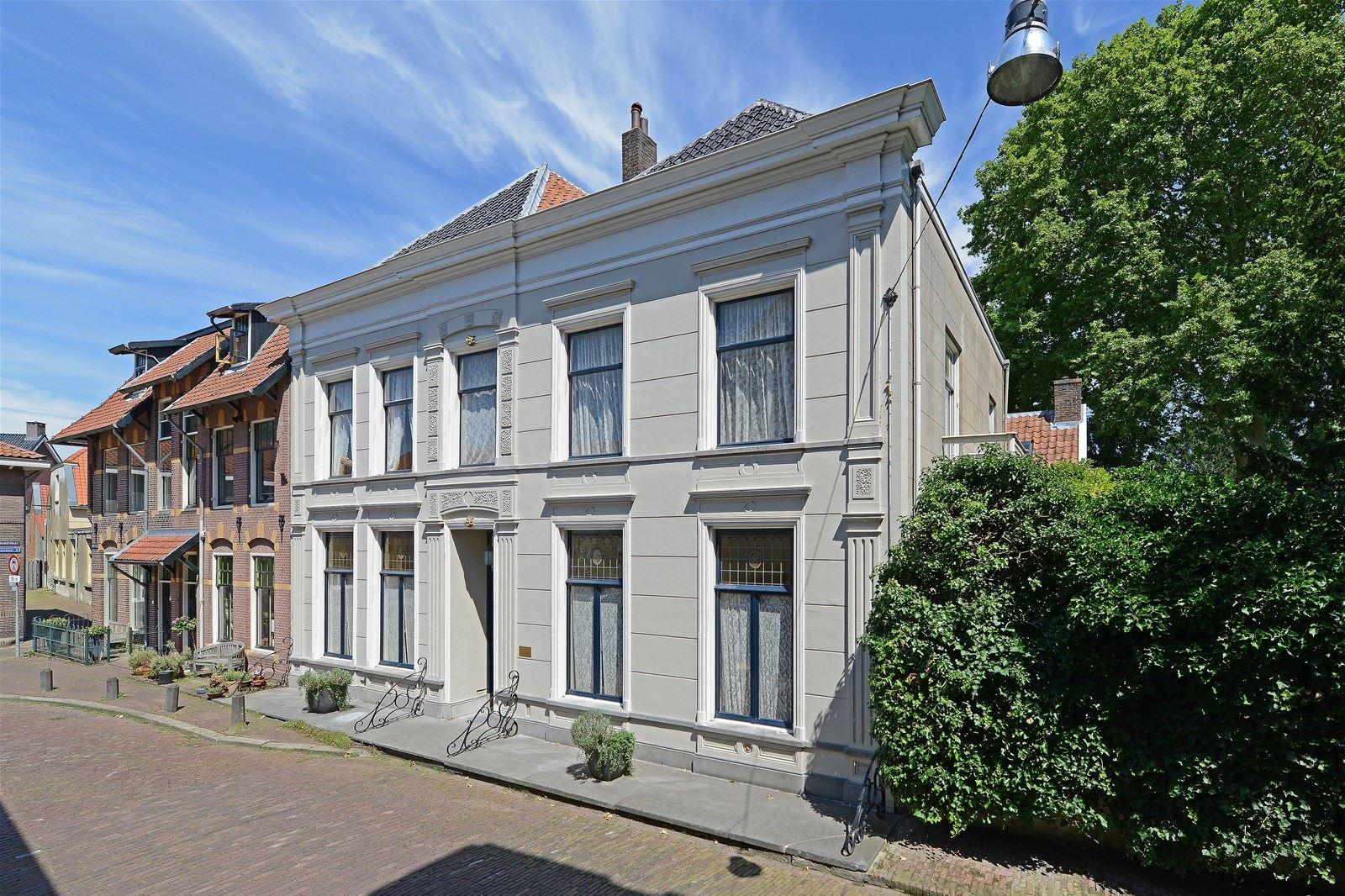 Stadstuin In Zaltbommel : Huis te koop kerkstraat eg zaltbommel funda