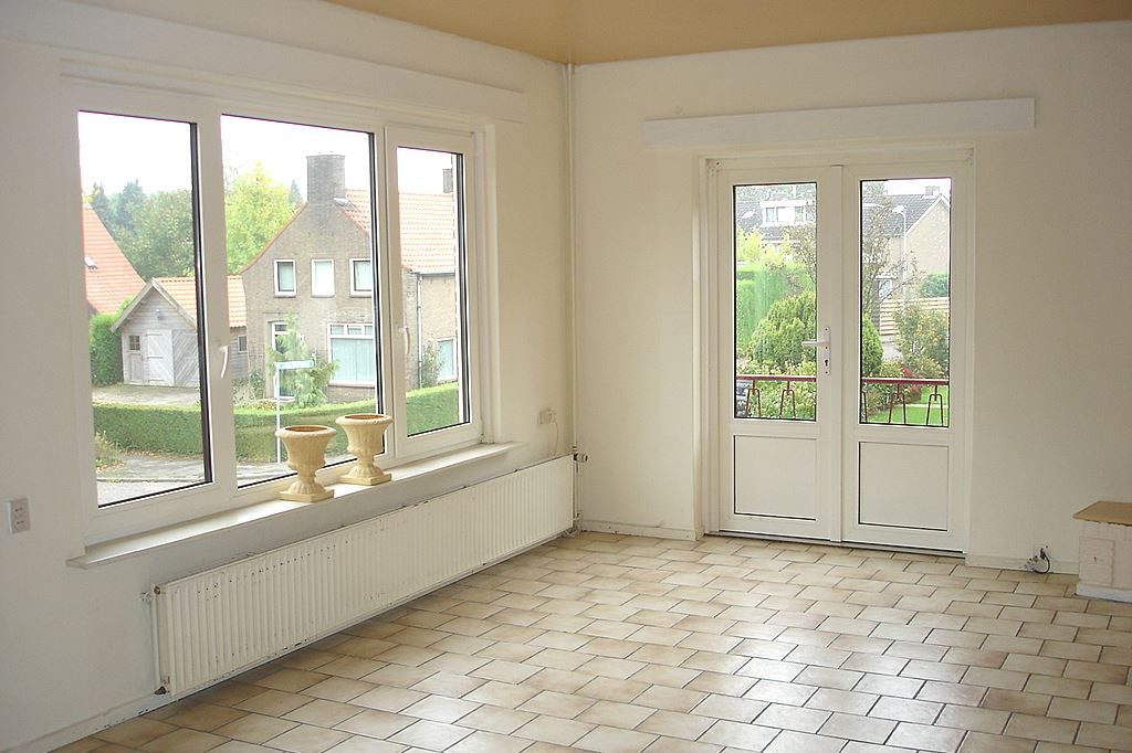 Bekijk foto 2 van Rijnstraat 11