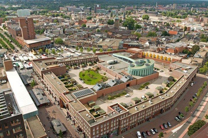 H.J. van Heekplein 58-01 t/m 58 t/m 16 en Oldenzaalsestraat 1-01 t/m 1-19