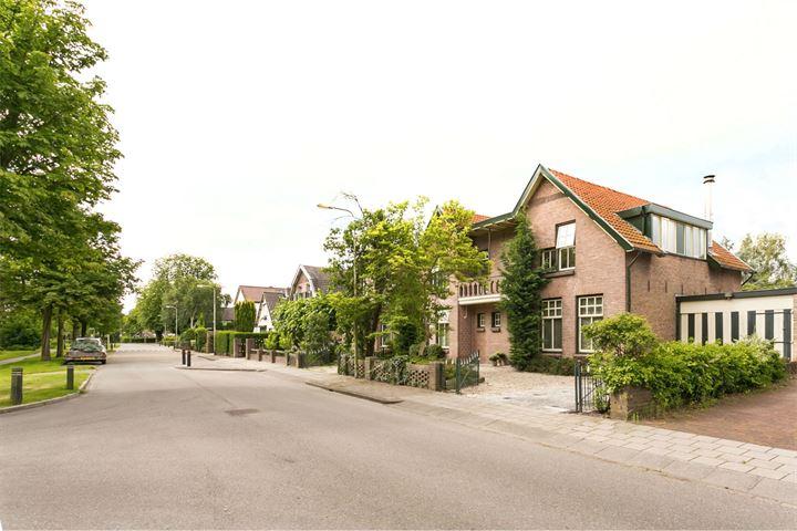 Stationsweg 12